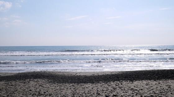 2012/10/13 9:19 片浜海岸