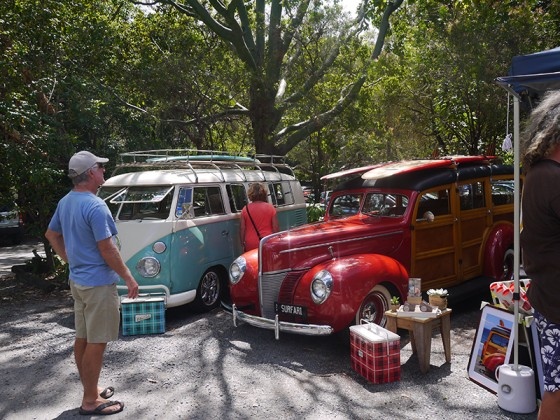 2013/02/23 Currumbin Sanctuary Flea Market