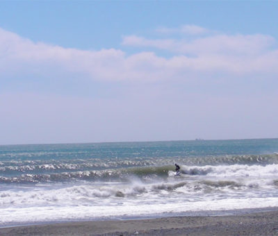2019/04/15 11:05 静波(新堤防東側)