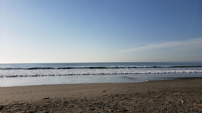 2021/04/22 6:46 静波海岸