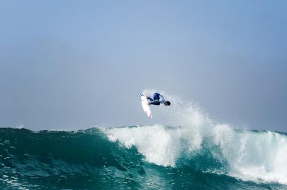 Gabriel Medina Quiksilver Pro France 2011 © Rabejac