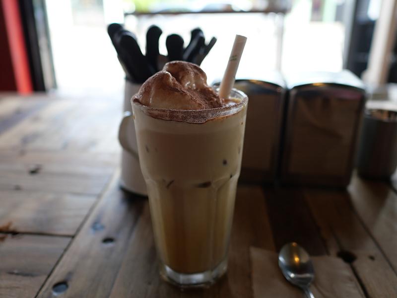 2019/02/21 アイスコーヒー バンガロー(NSW州) オーストラリア
