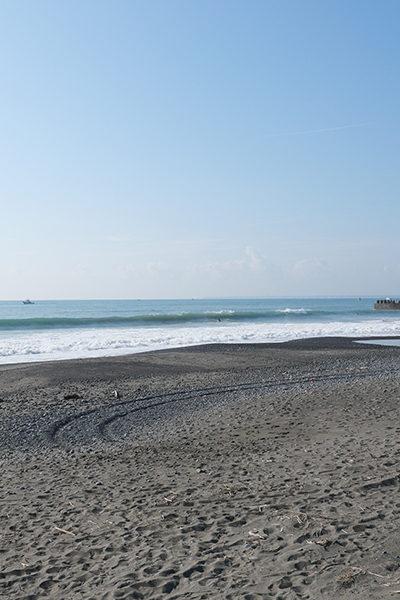 2019/10/03 8:18 静波海岸(新堤防左側)