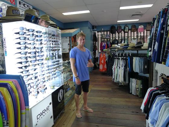 サム Mt Woodgee Surfboards Coolangatta