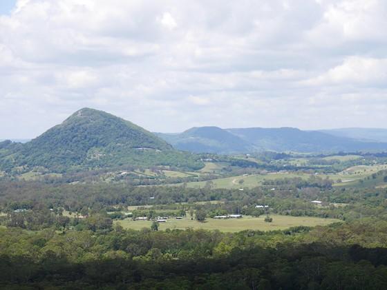 Eumundi 方向 Mt Tinbeerwah Tewantin, QLD Australia