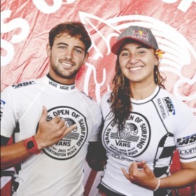 Alejo Muniz & Carissa Moore Vans US Open of Surfing Win