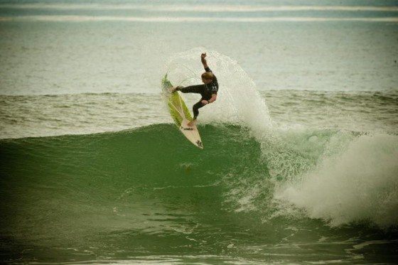 Hurley Pro TRESTLES  Mt Woodgee Surfboards ライダー ビード・ダービッジ