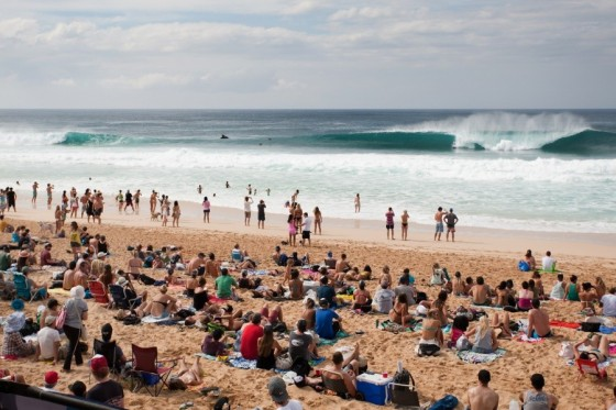Day1 BILLABONG PIPE MASTERS 2013
