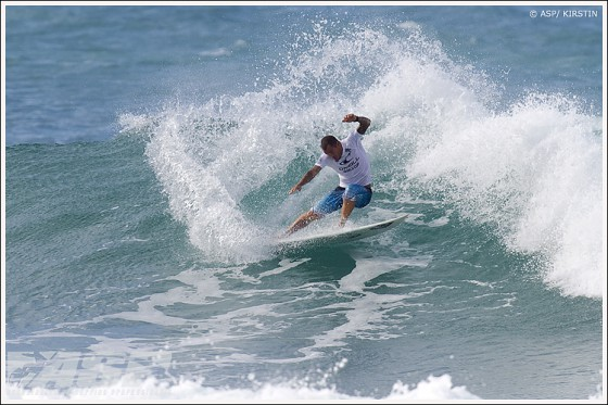 Raoni Monteiro O'Neill World Cup of Surfing