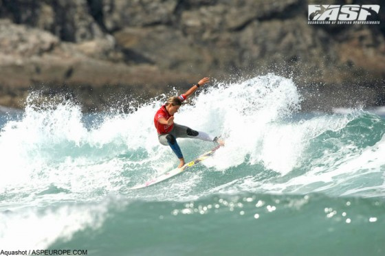 Mt Woodgee Surfboards ライダー Paige Hareb (ペイジ・ハーブ)