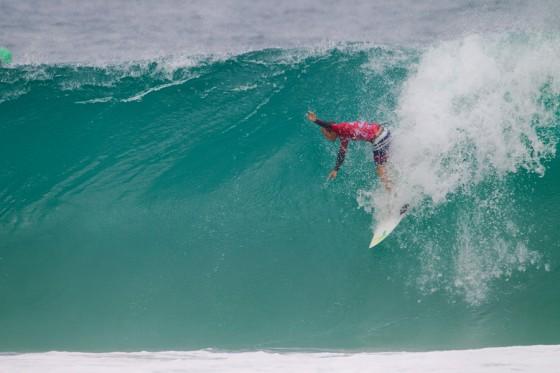 Josh Kerr (AUS) preparing to drop below sea level. © ASP/ Kirstin