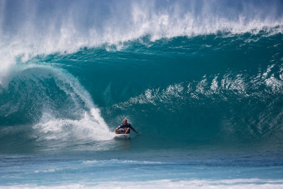 ケリー 優勝 BILLABONG PIPE MASTERS 2013