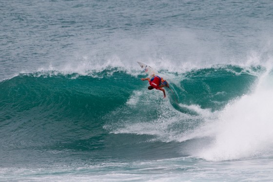 Mt Woodgee ライダー Lincoln Taylor(リンコン・テイラー)Vans World Cup of Surfing R128