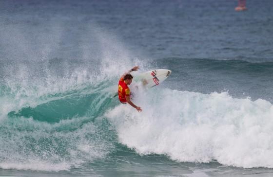 Mt Woodgee ライダー Lincoln Taylor(リンコン・テイラー)Reef Hawaiian Pro