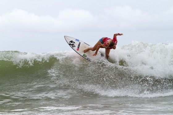 Paige Hareb (ペイジ・ハーブ)ISA World Surfing Games Day5